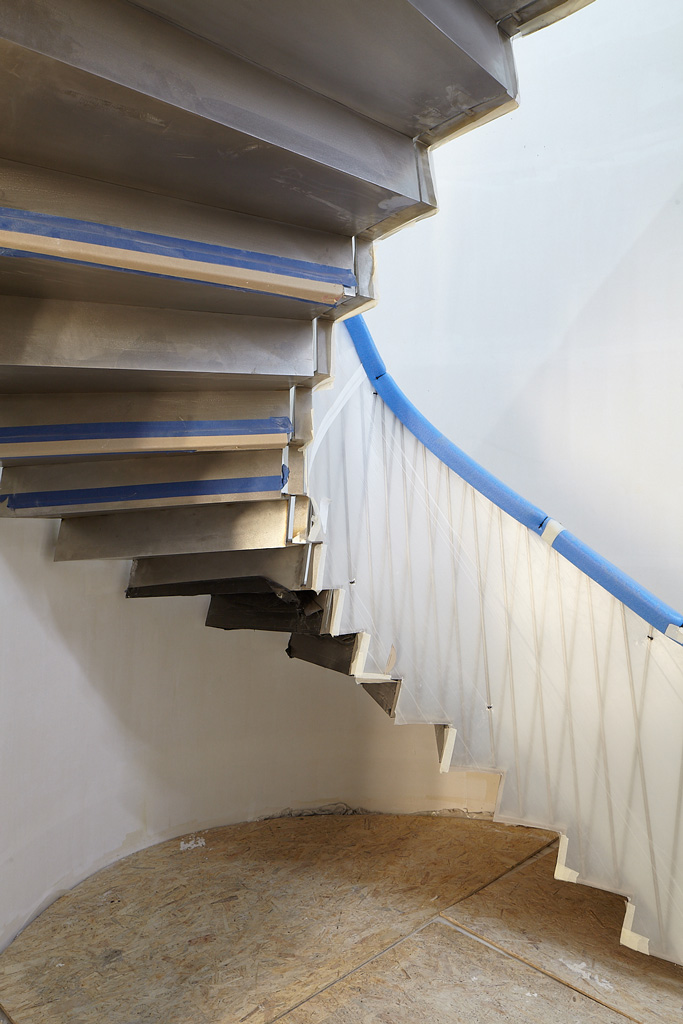 Eaton Square, feature staircase
